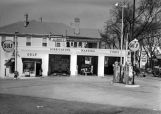 Gulf service station and garage in Montgomery, Alabama, owned by Scudday and Jack Horner.