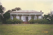 Front (north) elevation of the Marshall Plantation in Midway, Alabama.