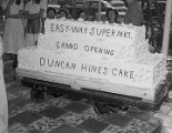 Cake decorated to celebrate the grand opening of an Easy-Way grocery store in Montgomery, Alabama.