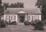 "Front view of the Franklin Dubose House (""Rural Retiricy"") in Burnsville, Alabama."