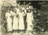 Juliette Hampton Morgan with a group of classmates at the University of Alabama.